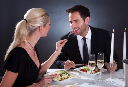 Frau sucht reichen mann und er antwortet